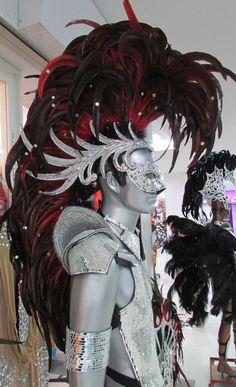 Buy Da NeeNa Iron Hero Men Male Warrior Alien Indian Headdress Costume Set at online store Carnival Outfits, Carnival Costumes, Alien Costumes, Carnival Fashion, Mohawk Indians, Samba Costume, Masquerade Party, Fantasy Costumes, Showgirls