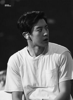 this story is relate to the Author's experience, made for the… # Fiksi remaja # amreading # books # wattpad Park Chanyeol Exo, Exo Chanyeol, Kai, Ballon Party, You're My Favorite, Broad Shoulders, Boyfriend Goals, Exo Members, K Idol