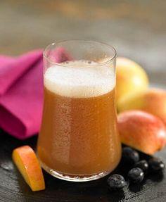Cranberry, apple and plum juice (cranberry, apple, prunes, honey) Easy Green Juice Recipe, Green Juice Recipes, Green Smoothie Recipes, Smoothies, Healthy Juices, Healthy Drinks, Plum Juice, Apple Juice, Bebidas Detox