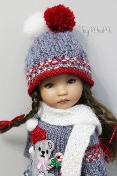 Christmas Teddy Bear Outfit 🧸🤶🏻 🧸🤶🏻 🧸🤶🏻  #littledarlings #Tiny_MiniMe #EffnerLittleDarlings #Effner #Dollstagram #OOAK #vinyldoll #effnerdoll #dollphotos #dollphotography #littledarling #kayla #dollcollection #dollstyle #outfitfordoll