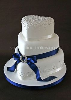 Wedding Cake - Navy Ribbon with Piped Dots and Brooch - Fancy Cake Beautiful Wedding Cakes, Gorgeous Cakes, Pretty Cakes, Amazing Cakes, Elegant Wedding Cakes, Heart Shaped Cakes, Heart Shaped Wedding Cakes, Heart Cakes, Wedding Cake Designs