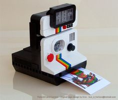 This is a cute, Polaroid inspired Lego 'camera.' Unfortunately no, it doesn't print photos!
