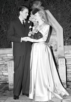 Vintage Wedding - Ronald Reagan and Jane Wyman, 1940 from http://muliloaboutthings.blogspot.co.uk/2012/02/weddings-and-movie-stars.html