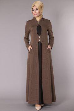 Çift Çıtçıtlı Fermuarlı Ferace Pardesü SYT3005 Abaya Fashion, Fashion Dresses, Hijab Evening Dress, Hijab Style Dress, Mode Abaya, Muslim Women Fashion, Pretty Prom Dresses, Abaya Designs, Muslim Dress