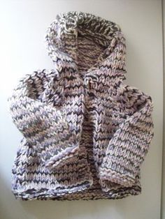 This baby jacket is ready in a jiffy! Knitted with knitting needles No. : This baby jacket is ready in a jiffy! Knitted with knitting needles No. the free online knitting pattern for the baby jacket is for 6 to 9 months. Baby Knitting Patterns, Knitting Blogs, Baby Patterns, Crochet Patterns, Shawl Patterns, Free Knitting, Stitch Patterns, Crochet Baby, Knit Crochet