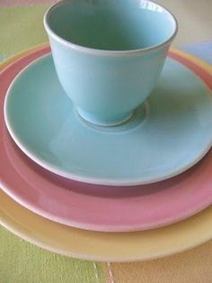 Bella Rosa Antiques: LuRay pastels tablescape
