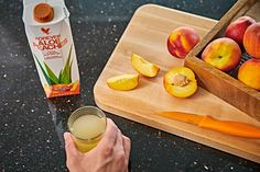 Forever Aloe Peaches™ | Forever Living Products Austria Forever Aloe, Aloe Vera Gel, Detox After Holidays, Aloe Drink, Peach Drinks, Gastro, Acide Aminé, Just Peachy, Forever Living Products