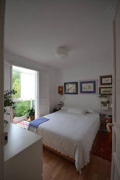 Échale un vistazo a este increíble alojamiento de Airbnb: Apto centrico 10min CEAR vela/playa - Apartamentos en alquiler
