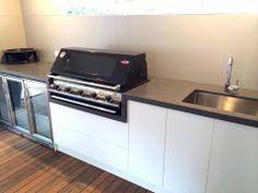 Home Design Ideas Kitchen Benchtops, Kitchen Countertops, Kitchen Appliances, Polished Concrete Kitchen, Outdoor Kitchen Design, Outdoor Kitchens, Mud Kitchen, Bbq, Concrete Design