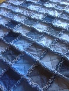 The Way Grandmama Does It: Blue Jean Rag Quilt