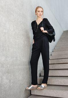 Black & White meets Flash Colours: #Look von #PatriziaPepe #ToryBurch und #Ras. #Frühjahrsommer2015 #Fashion #Reischmann #design