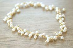 Snow Flurry  delicate white pretty pearl от TwoLittleDoves на Etsy, $24.00