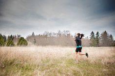 """Joggen in der Natur: """"Es gibt kein falsches Wetter, nur falsche Kleidung""""   Das #SMA #Redaktionsteam macht #Content Management zum Thema #Jogging  www.sma-socialmediaagentur.com"""