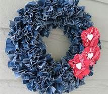 A change from the traditional red Christmas Wreath! And a great way to recycle your old jeans!
