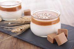 """750g vous propose la recette """"Panna cotta au caramel"""" notée 4.3/5 par 6 votants."""