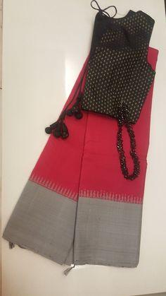 New Dress Simple Elegant Blouses 68 Ideas Cotton Saree Designs, Saree Blouse Neck Designs, Saree Blouse Patterns, Trendy Sarees, Fancy Sarees, Saris Indios, Black Blouse Designs, Sarees For Girls, Designer Sarees