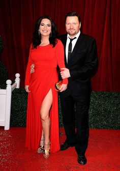 Debbie Rush and Ian Puleston-Davies play a wonderful couple in Coronation Street Coronation Street Cast, Hollyoaks, Tv Soap, Get Fresh, Always And Forever, Music Tv, Favorite Tv Shows, Frocks, Soap Stars