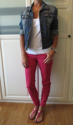 Cute. Didn't think about denim jacket with my reds. Seems too patriotic with the white shirt tho.