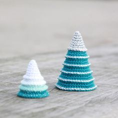 Crochet Christmas Trees from- www.LutterIdyl.dk