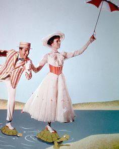 Mary Poppins [Cast] photo