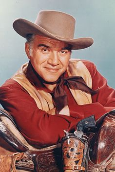 "Lorne Greene - Bene ""Pa"" Cartwright on Bonanza"