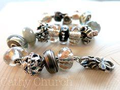 Fabulous bracelet using the 2016 Black Friday bead. By Cathy Church of Tartooful