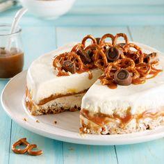 Gâteau crème glacée au caramel et croûte de bretzels - 5 ingredients 15 minutes Glaze For Cake, Food Trucks, Cheesecake, Deserts, Gluten Free, Ice Cream, Recipes, Desserts Caramel, Pains