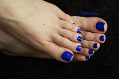 """msprettyfeet: """"My pretty feet. Blue Toe Nails, Blue Nail Polish, Pink Pedicure, Pedicure Colors, Nice Toes, Pretty Toes, Edge Nails, Painted Toes, Foot Pics"""