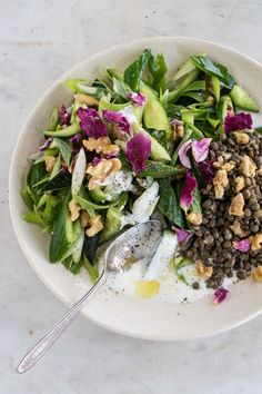 Cucumber salad with ice-bathed scallions, toasted walnuts, mint, rose, and a vinegar-spiked yogurt dressing. Healthy Salad Recipes, Vegetarian Recipes, Cooking Recipes, Yogurt Recipes, Feta, Broccoli, Appetizer Recipes, Dinner Recipes, Plats Healthy