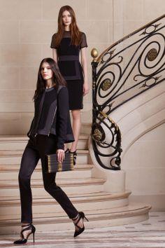 Elie Saab Pre-Fall 2020 Fashion Show - Vogue Couture Mode, Style Couture, Couture Fashion, Fashion Week, High Fashion, Fashion Show, Fashion Design, Elie Saab Bridal, Elie Saab Printemps