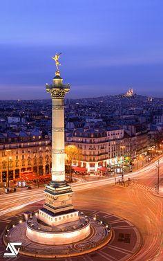 Sacré Coeur et Génie de la Bastille, Montmartre, Paris, France
