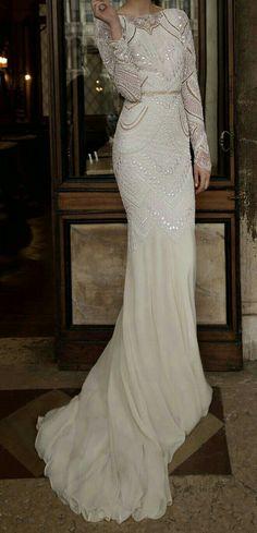 Vintage Wedding Dress 1920 Bridal Collection Ideas For 2019 Wedding Dress Black, Malay Wedding Dress, Art Deco Wedding Dress, Gatsby Wedding Dress, Fall Wedding Dresses, Wedding Dress Sleeves, Long Sleeve Wedding, Designer Wedding Dresses, Bridal Dresses