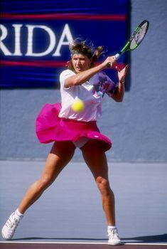 Steffi Graf during a match at the Virginia Slims in Florida in - Photo: Scott Halleran/Allsport Tennis Outfits, Tennis Clothes, Sport Tennis, Play Tennis, Tennis Fashion, Sport Fashion, Steffi Graff, Professional Tennis Players, Tennis Players Female