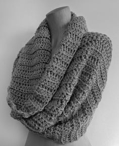 @ loved handmade: a pattern for you.. - super-chunky ribbed cowl