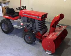 Old John Deere Tractors, Lawn Tractors, Small Tractors, Tractor Implements, Tractor Pulling, Outdoor Tools, Lawn And Garden, Lawn Mower, Farming
