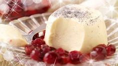 Need a love-ly romantic desert for Valentine's Day? Try SuperValu's recipe for Vanilla Pannacotta with Cranberry Compote. #Romance #Valentines