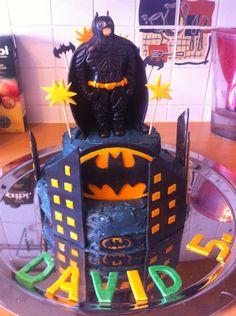 Batman Torte aus Fondant