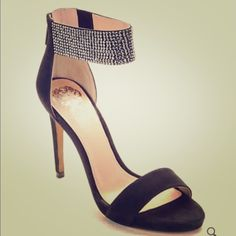 Vince Camuto sandal Brand new. Super cute. Vince Camuto Shoes