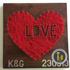 Cuadro love! https://www.facebook.com/LaHileria #lahileria #hileria #stringart #string #hilorama #amor #love #aniversario #regalo #original #pareja #hogar #home #decoracion #decor #aniversary #decoration #corazon #heart