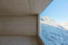 Abenteuerlicher Materialtest - Slowenische Alpenhütte von OFIS
