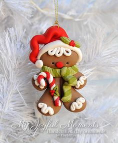 OThis is s one of a kind, handcrafted ornament made of durable polymer clay, with much attention given to detail and careful construction. Polymer Clay Ornaments, Polymer Clay Projects, Polymer Clay Charms, Polymer Clay Creations, Clay Crafts, Noel Christmas, Christmas Crafts, Christmas Ornaments, Crea Fimo