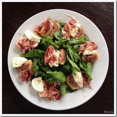 salada figo, rucula, presunto parma e queijo
