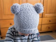 Bonnet pompons, pompom hat, kids knit