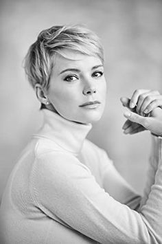 Cute Hairstyles For Short Hair, Short Hair Cuts For Women, Pretty Hairstyles, Curly Hair Styles, Short Cropped Hairstyles, Edgy Pixie Hairstyles, Pixie Haircut Styles, Short Blonde Haircuts, Crop Hair