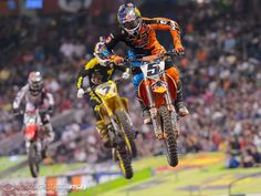 Ryan Dungey and James Stewart right behind theme! My 2 fave riders close by each other! Ryan Dungey, Monster Energy Supercross, Motocross Girls, Freestyle Motocross, Angel Stadium, Motorcycle Seats, 1 Live, Bike Rider, Fox Racing