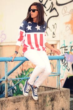 american flag sweater. yes!