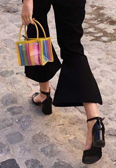 Bolsos para chicas bajitas. #tendencia #moda