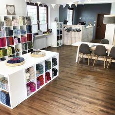 Eine Tüte Wolle (DROPS Store)