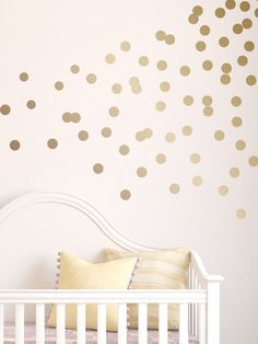 polka dot wall decal design pattern