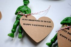 Paratrooper Valentines {with printable tags!} | a pretty cool life.